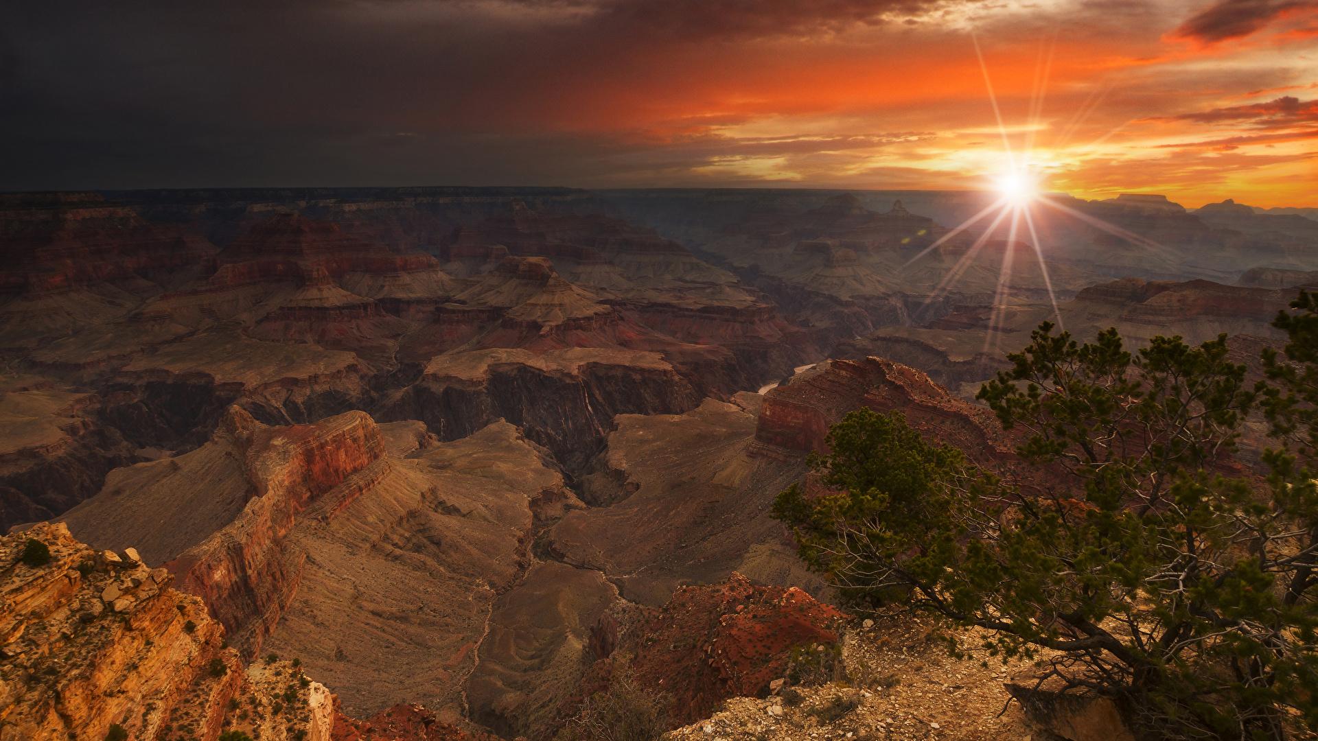 Картинки Лучи света Гранд-Каньон парк америка гора Природа Парки Рассветы и закаты 1920x1080 США штаты Горы парк рассвет и закат