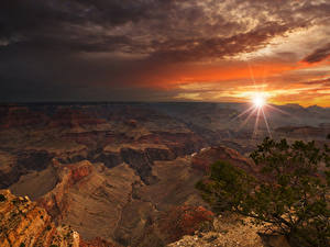 Картинки Гранд-Каньон парк Штаты Парки Горы Рассветы и закаты Лучи света Природа