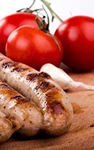 Картинки Мясные продукты Сосиска Помидоры