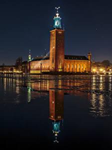 Картинки Швеция Стокгольм Дома Река Ночные Отражение город