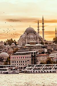 Картинка Стамбул Турция Дома Пристань Храм Корабль Берег город