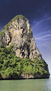 Картинки Таиланд Тропики Утес Молния