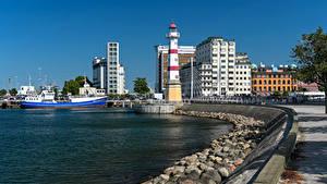 Картинка Швеция Здания Камень Пирсы Маяки Корабль Залива Malmö город