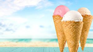 Фото Сладости Мороженое Доски Трое 3 Вафельный рожок