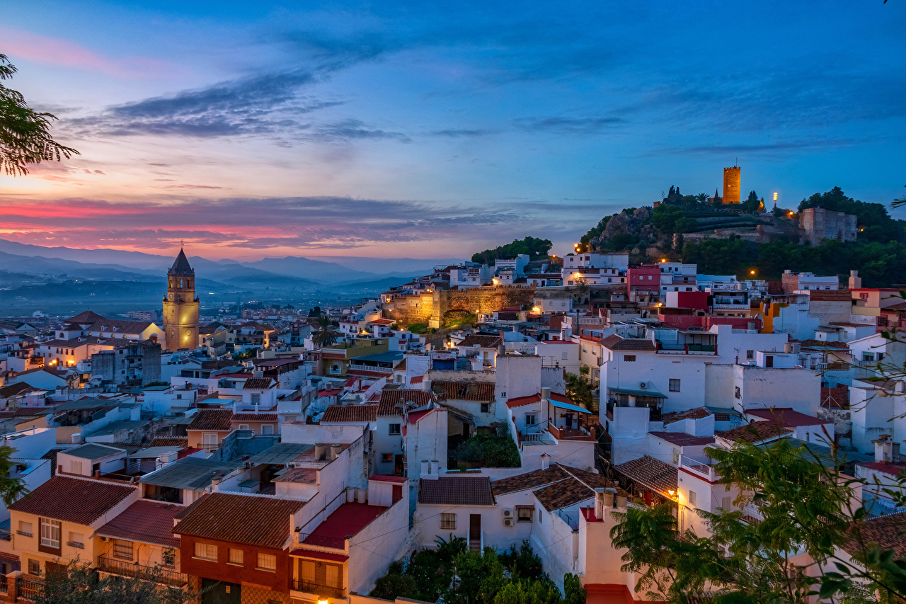 Фото Испания Malaga Крыша Вечер Дома Города крыше краши Здания