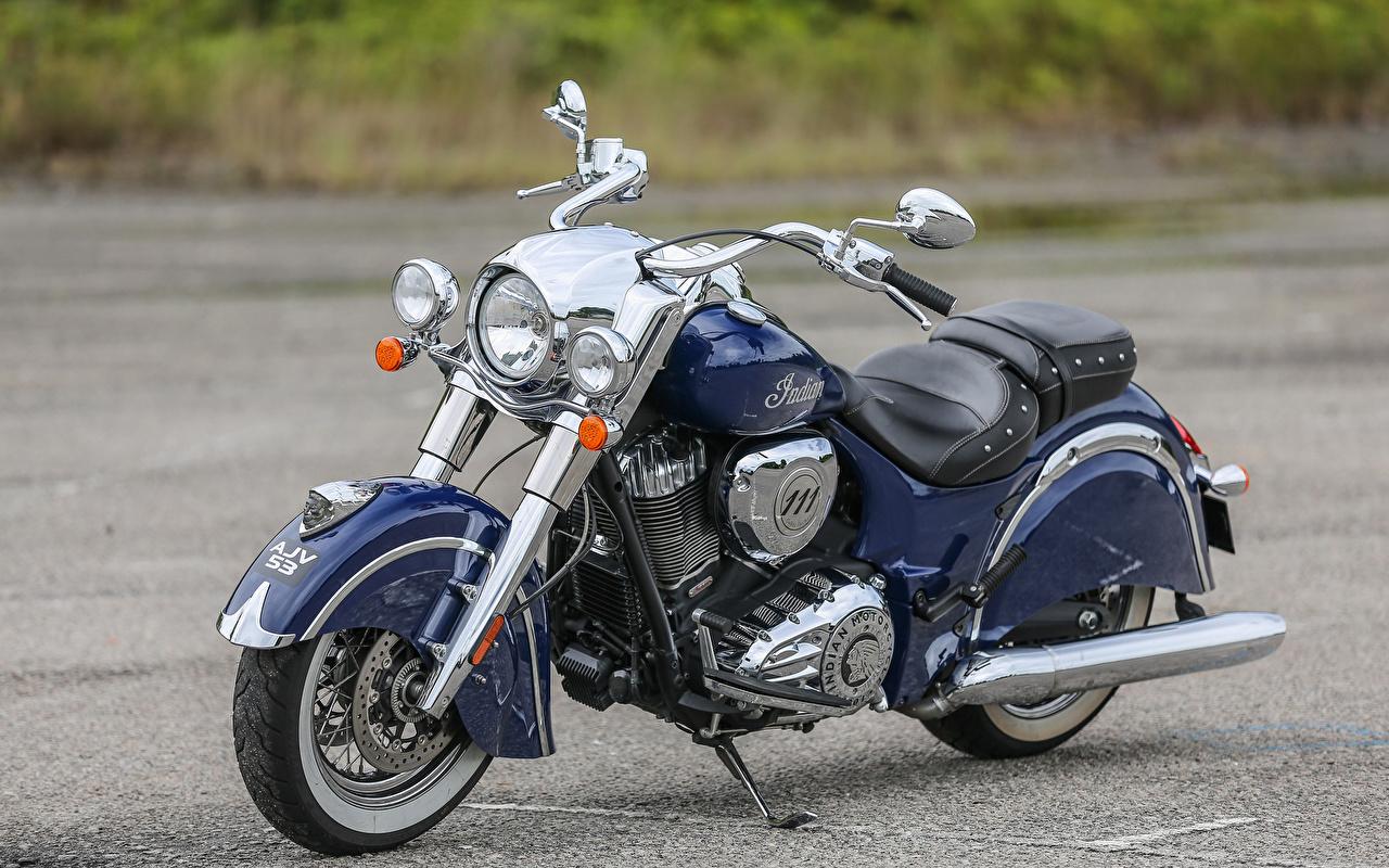 Картинка 2017-18 Indian Chief Classic Синий Мотоциклы