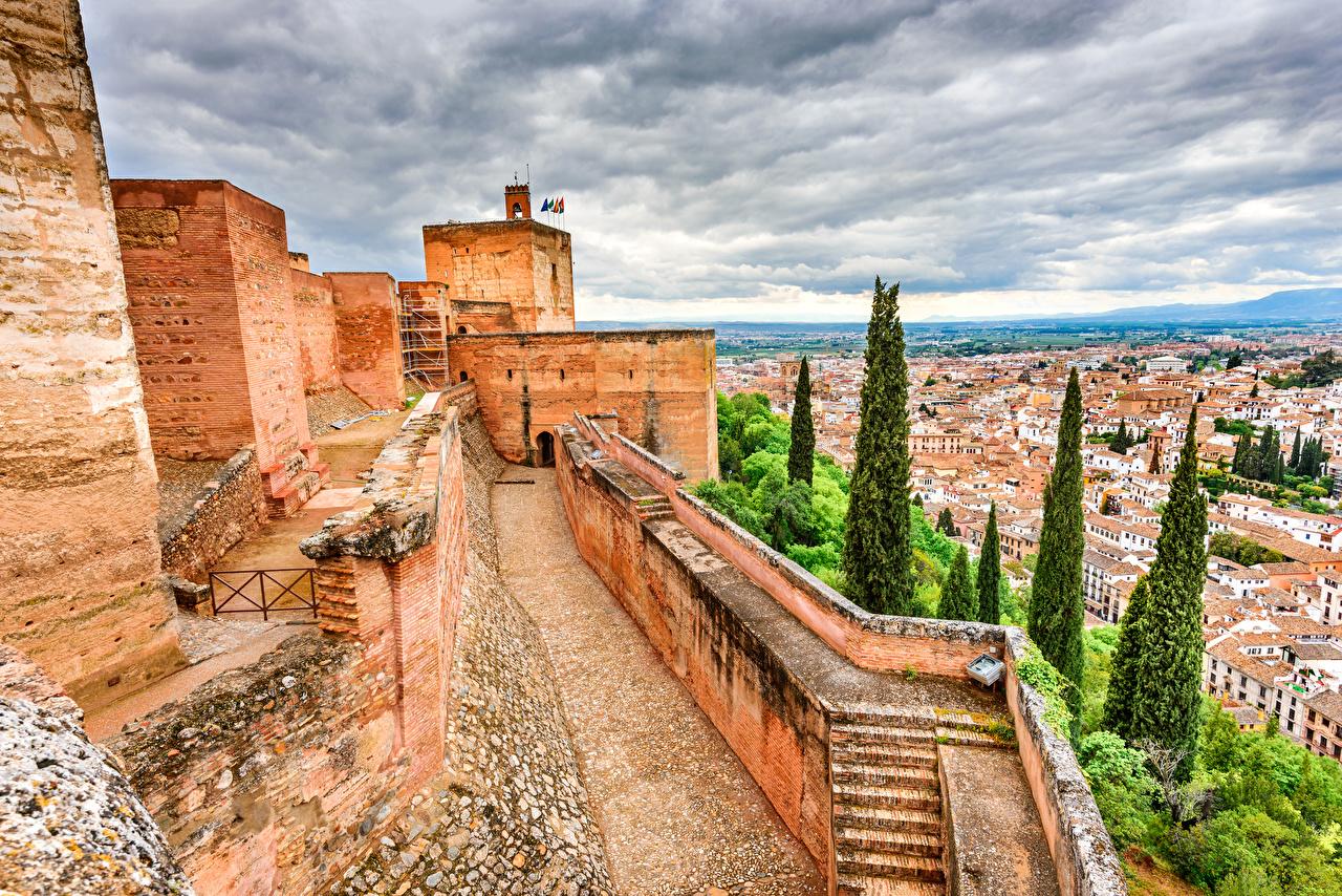 Картинки Испания Крепость Granada Alhambra Дома Города Здания