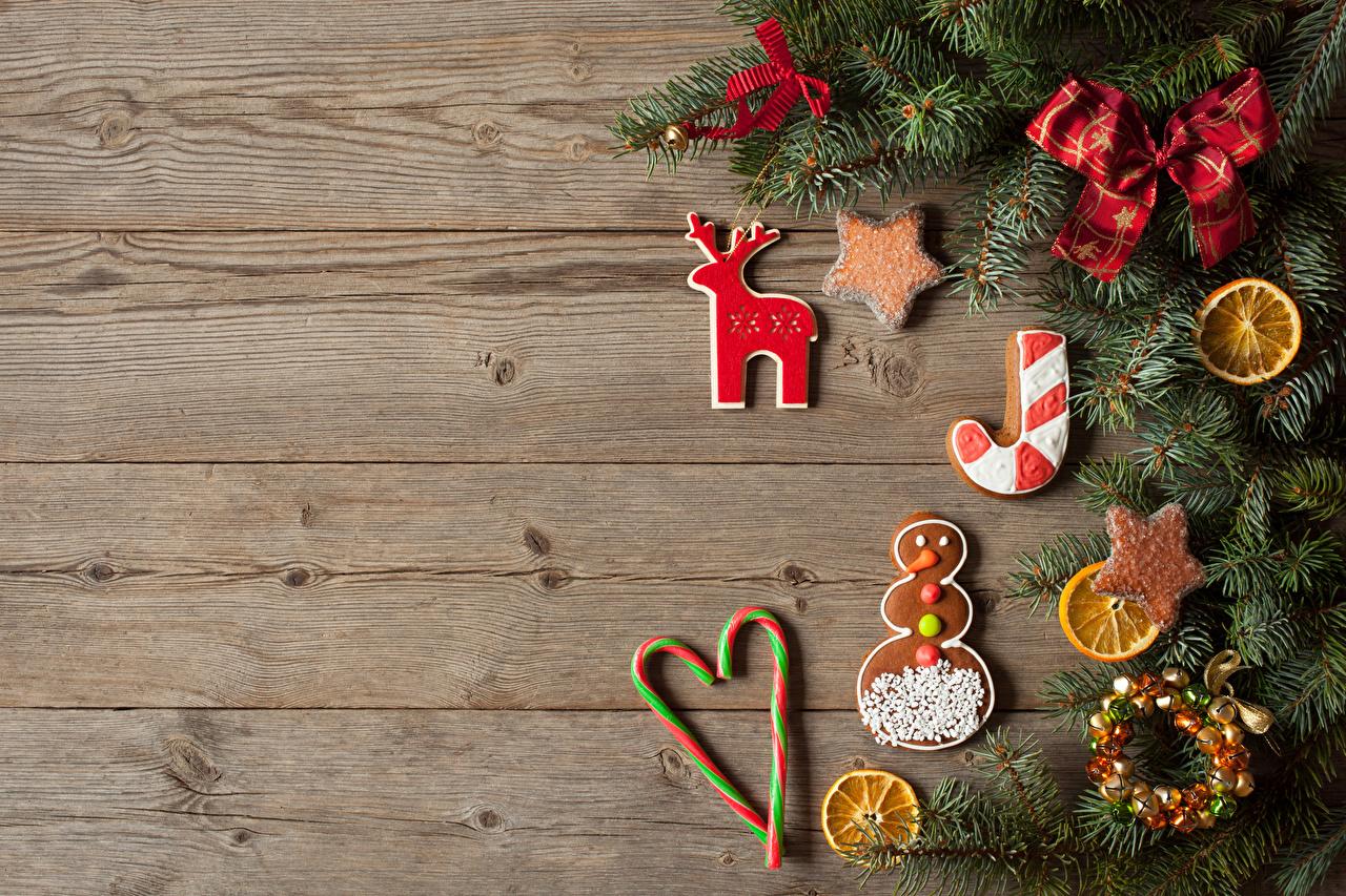 Картинки Новый год Пища бант Ветки Печенье Сладости Доски дизайна Рождество Еда ветвь ветка Бантик бантики на ветке Продукты питания сладкая еда Дизайн