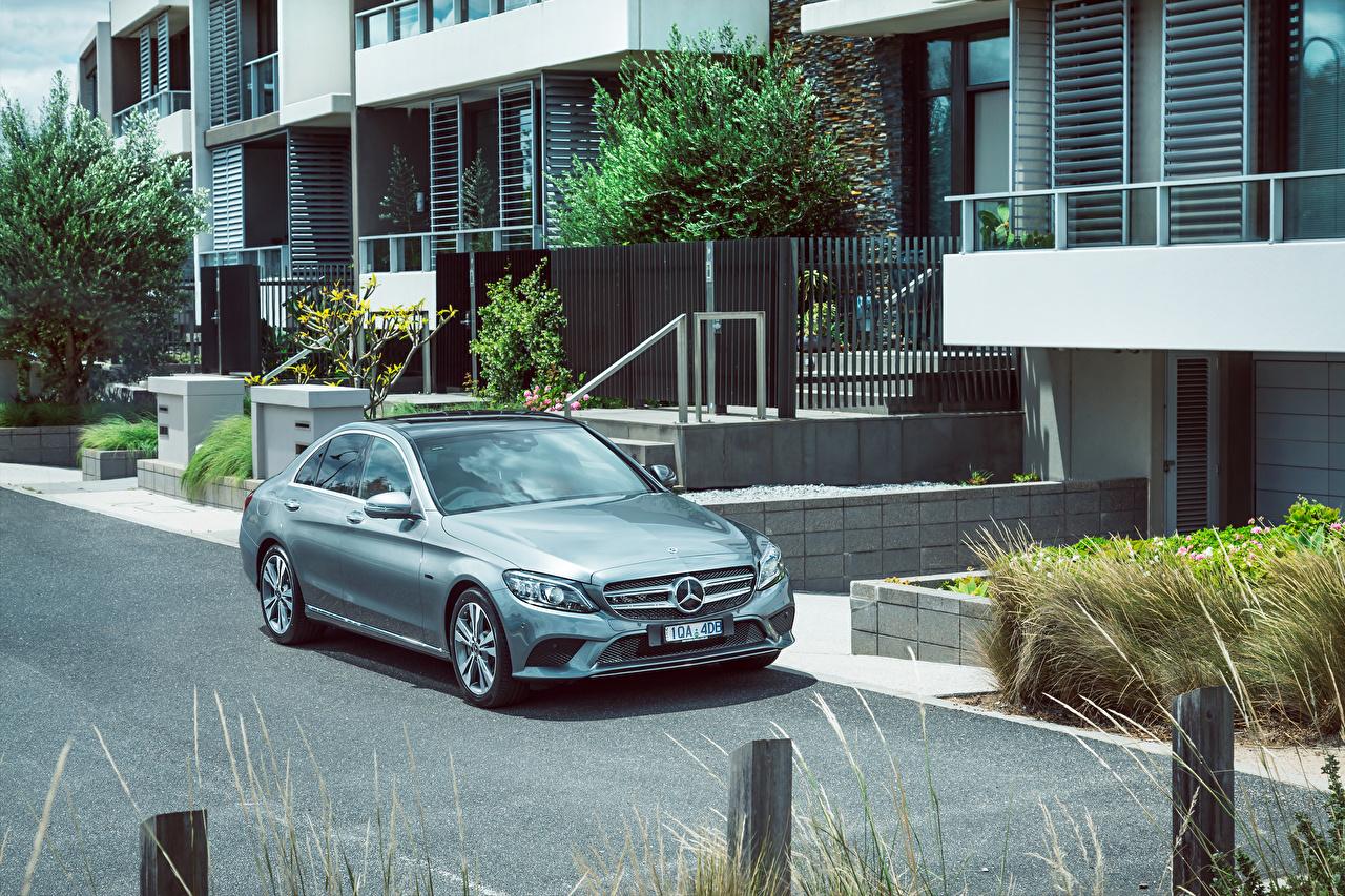 Фотографии Мерседес бенц 2019-20 C 300 e Avantgarde Line авто Mercedes-Benz машина машины Автомобили автомобиль