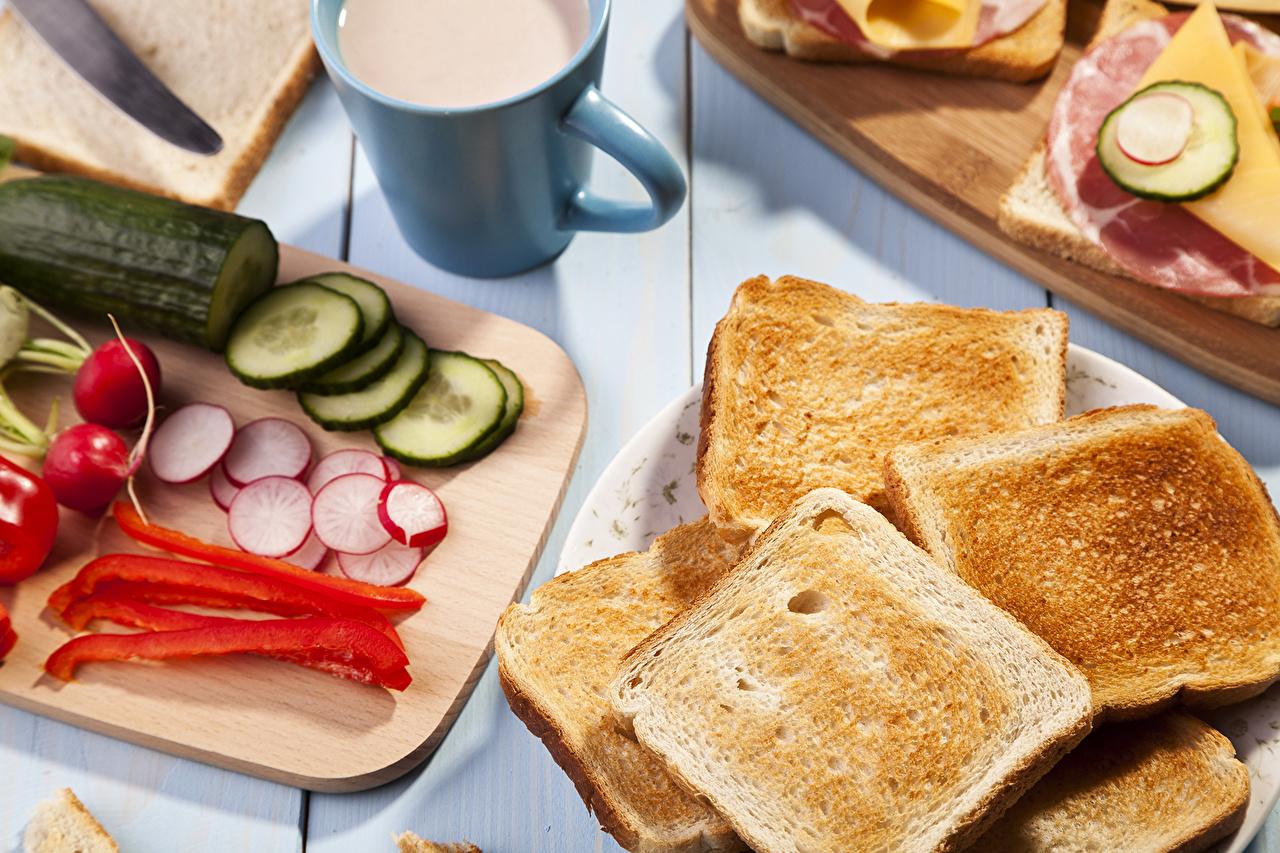 Обои для рабочего стола Огурцы Хлеб Еда Перец Пища перец овощной Продукты питания