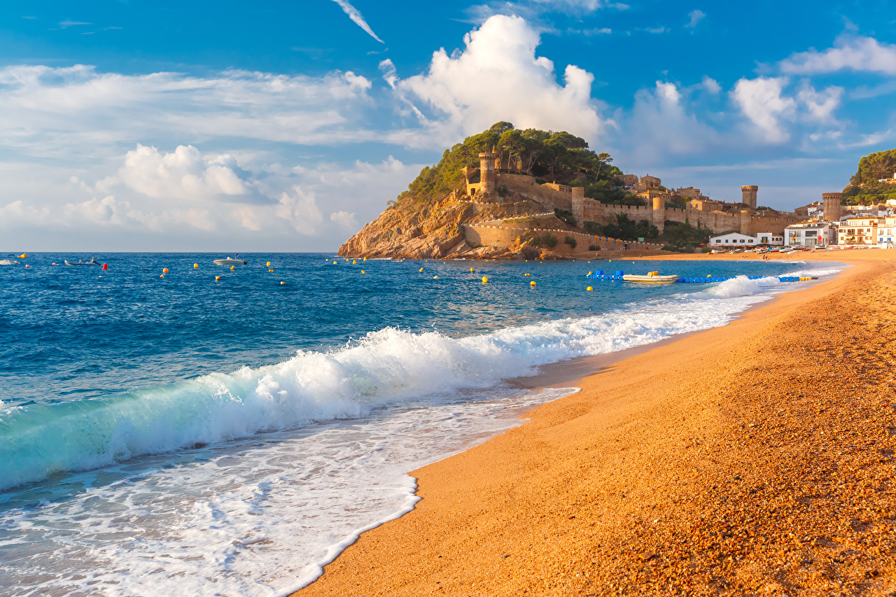 Фотография Испания Tossa de Mar, Girona пляжи Лето Море Волны Города Пляж пляжа пляже город