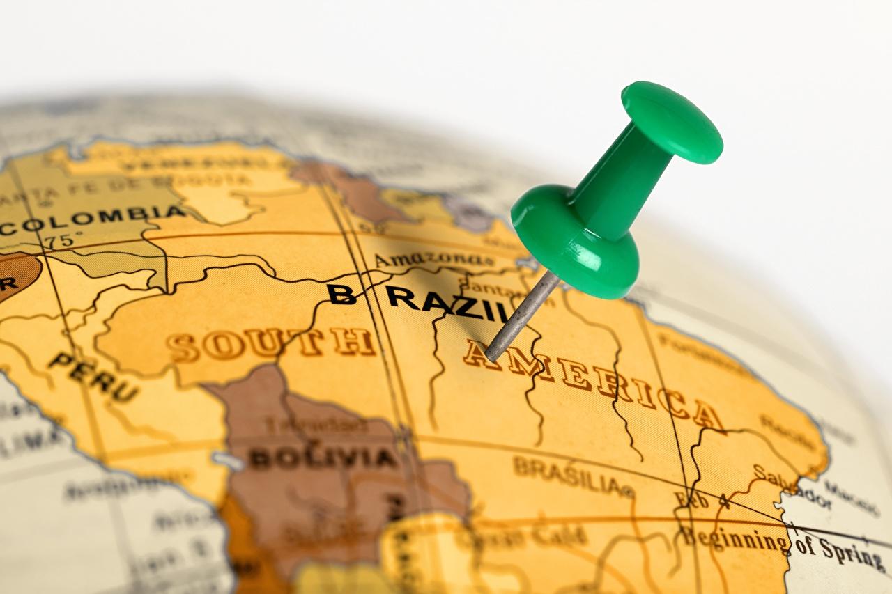 Картинка Бразилия Глобус Размытый фон География глобусы глобусом боке