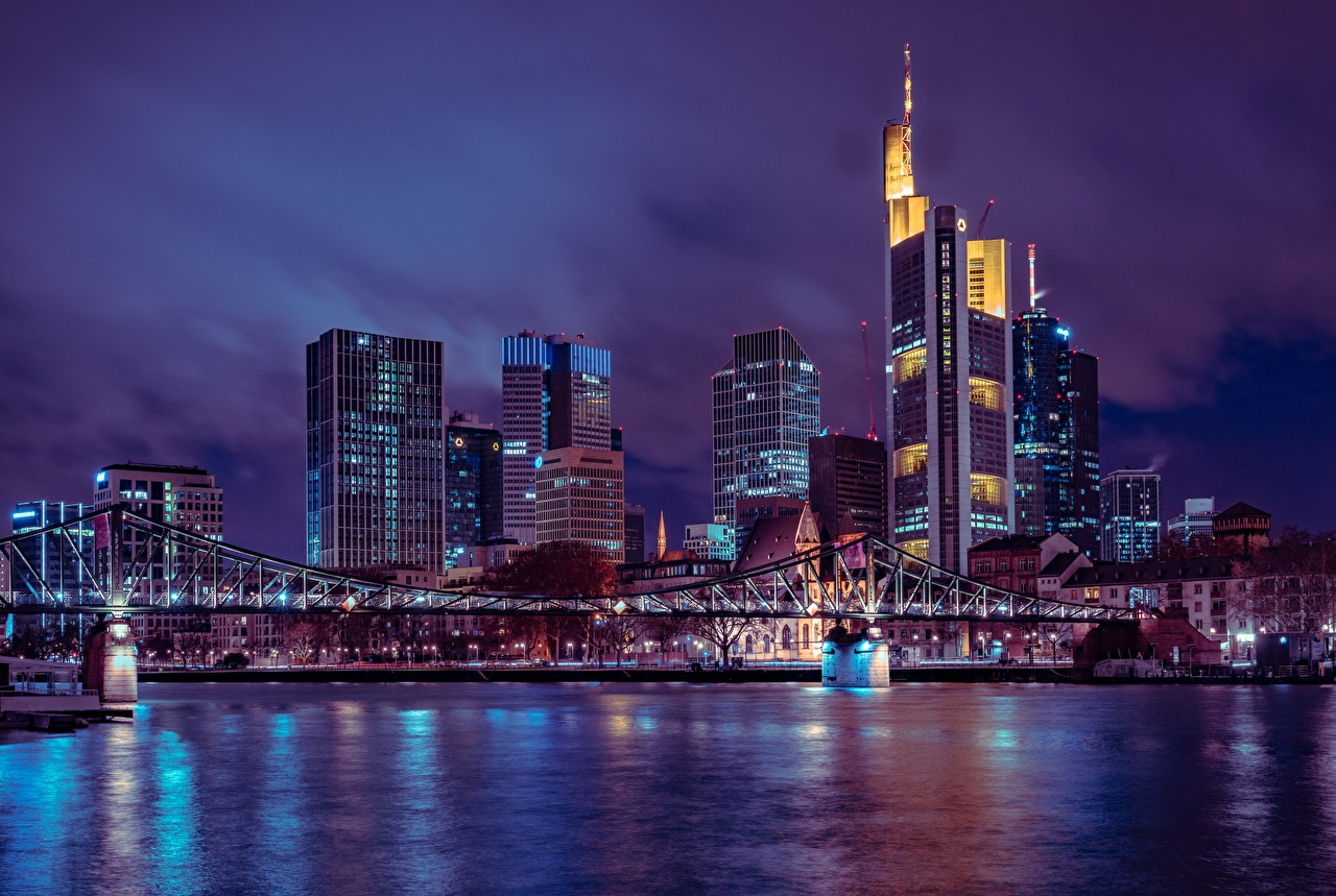 Фотографии Франкфурт-на-Майне Германия Мегаполис Мосты Ночь Небоскребы Города Ночные