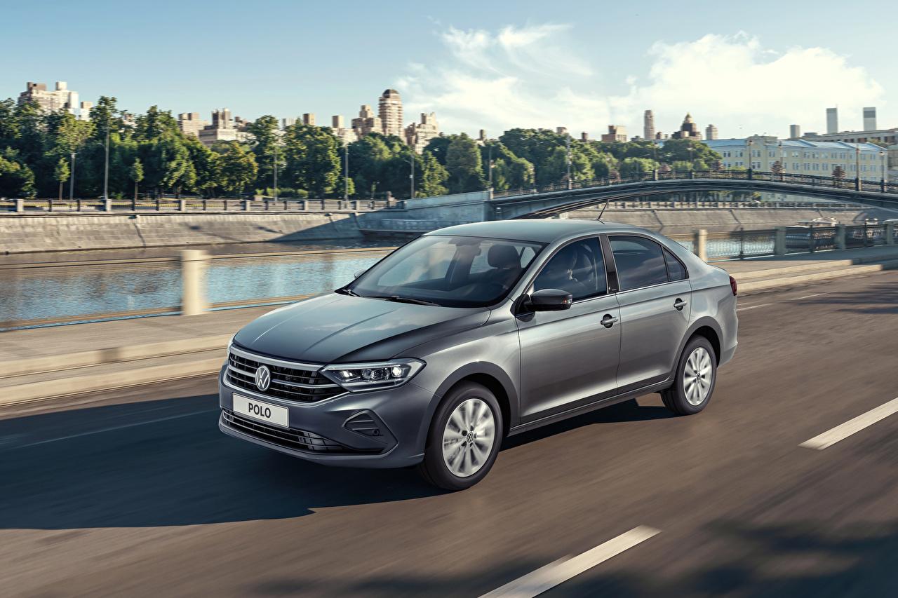 Фотографии Volkswagen 2020 Polo серая скорость авто Фольксваген Серый серые едет едущий едущая Движение машина машины Автомобили автомобиль