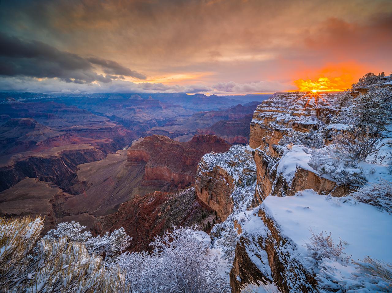 Обои для рабочего стола Гранд-Каньон парк штаты Arizona Утес каньона Природа Парки Рассветы и закаты США америка Скала скале скалы Каньон каньоны парк рассвет и закат
