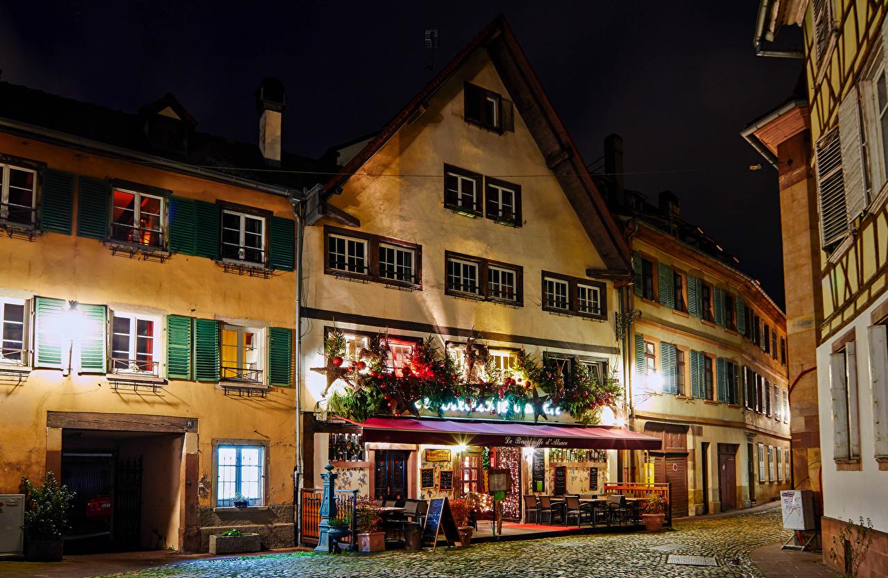 Фото Страсбург Франция Новый год Кафе Улица Ночные Дома Города Рождество Ночь Здания