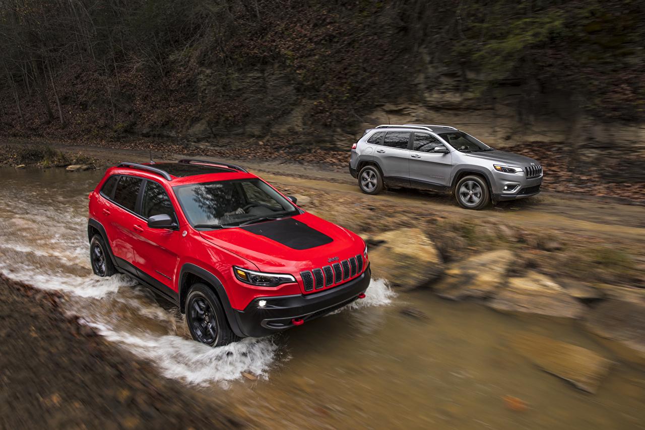 Обои для рабочего стола Jeep 2019 Cherokee 2 авто Металлик Джип два две Двое вдвоем машина машины Автомобили автомобиль