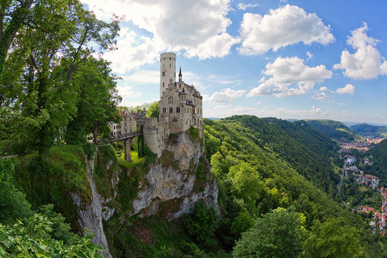 Картинка Германия Lichtenstein Castle Утес замок город скалы скале Скала Замки Города