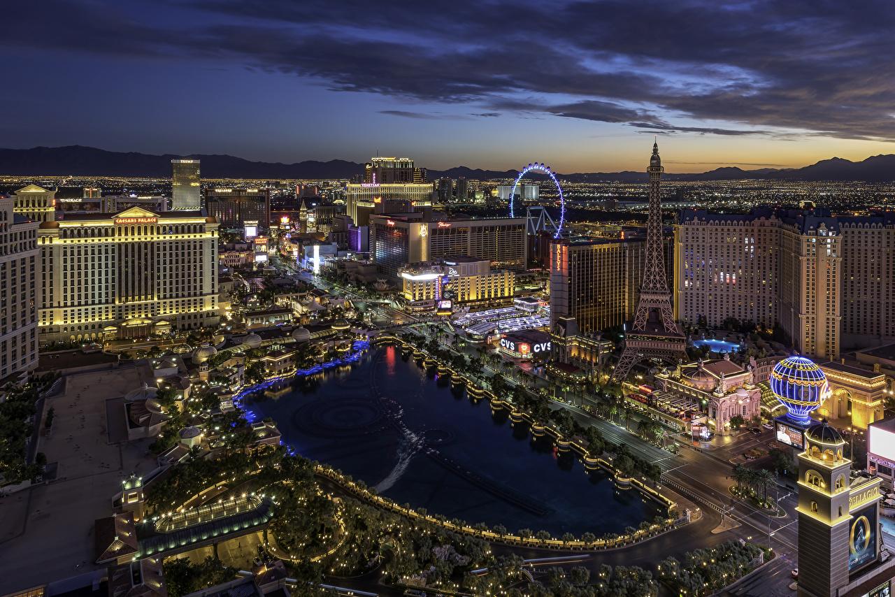 Фотографии Лас-Вегас США Вечер Сверху Города Здания штаты Дома