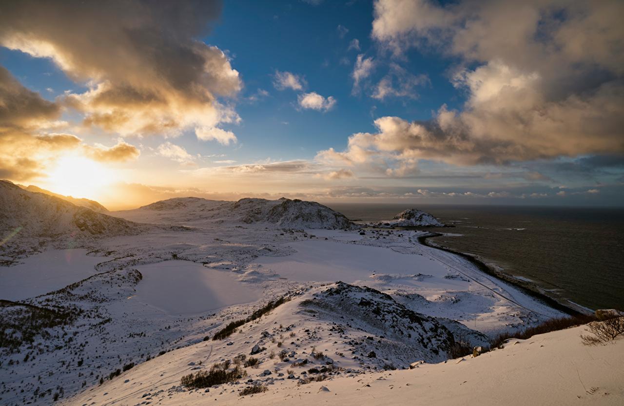 Фото Лофотенские острова Норвегия Langøya гора Природа берег Облака Горы Побережье облако облачно