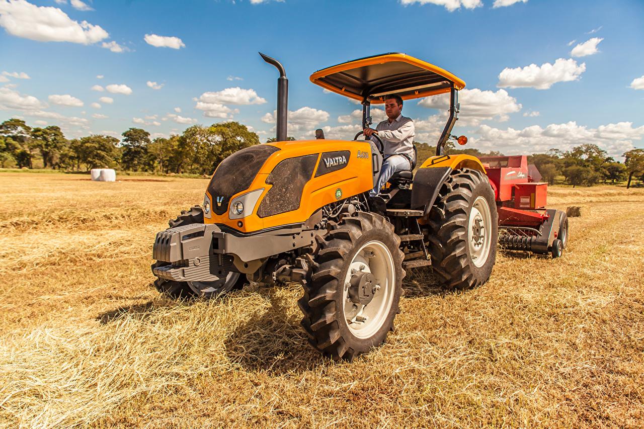 Фотографии Трактор 2014-17 Valtra A650 B Поля