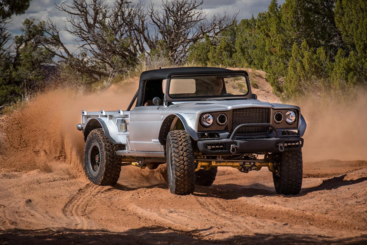 Фотография Джип Внедорожник 2019 M-715 Five-Quarter Пикап кузов серебряный Авто Jeep SUV серебряная серебристая Серебристый Машины Автомобили
