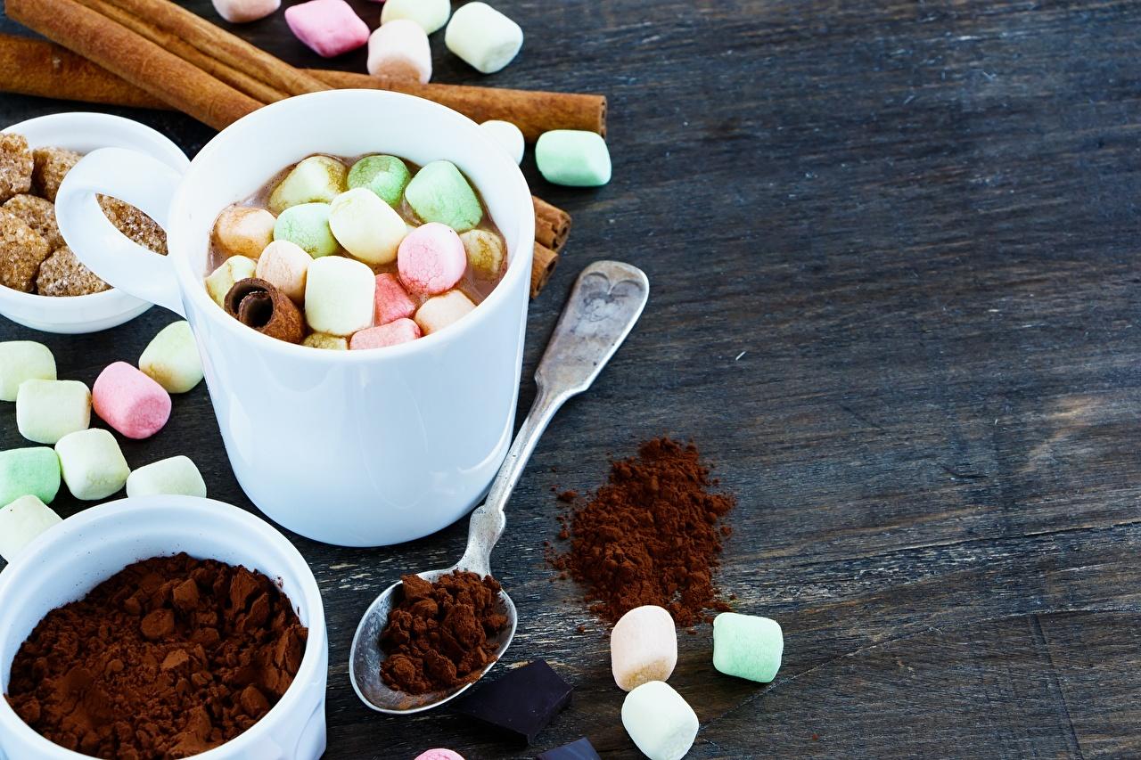 Картинка Кофе зефирки ложки кружке Продукты питания Маршмэллоу Еда Пища Ложка кружки Кружка