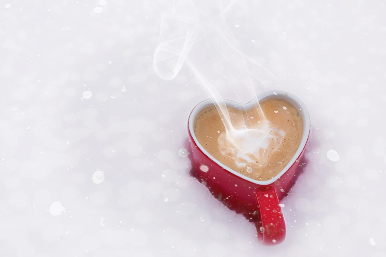 Картинки Сердце Кофе Еда Пар кружки серце сердца сердечко Пища пары паром Кружка кружке Продукты питания
