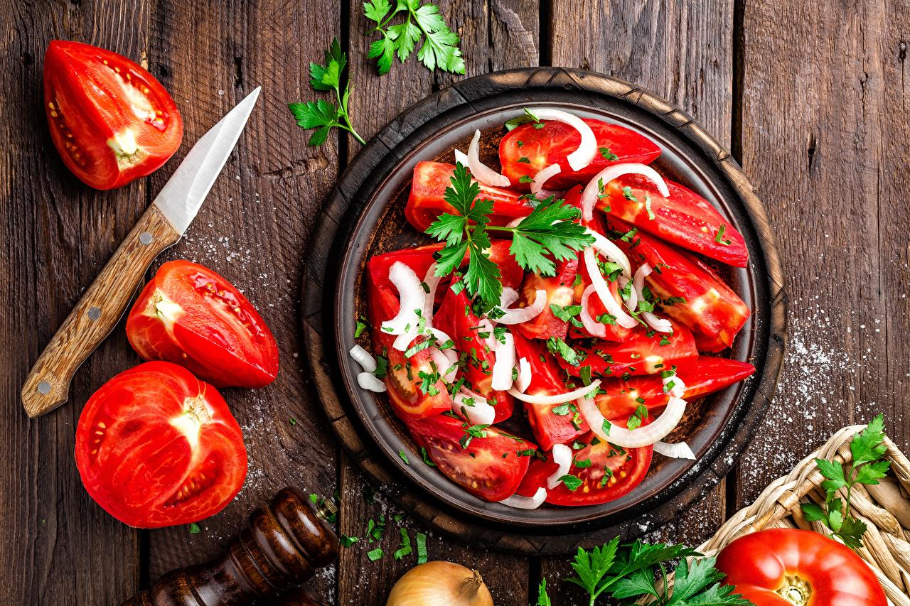 Фотографии Помидоры Соль Овощи Салаты Продукты питания Доски Томаты Еда Пища