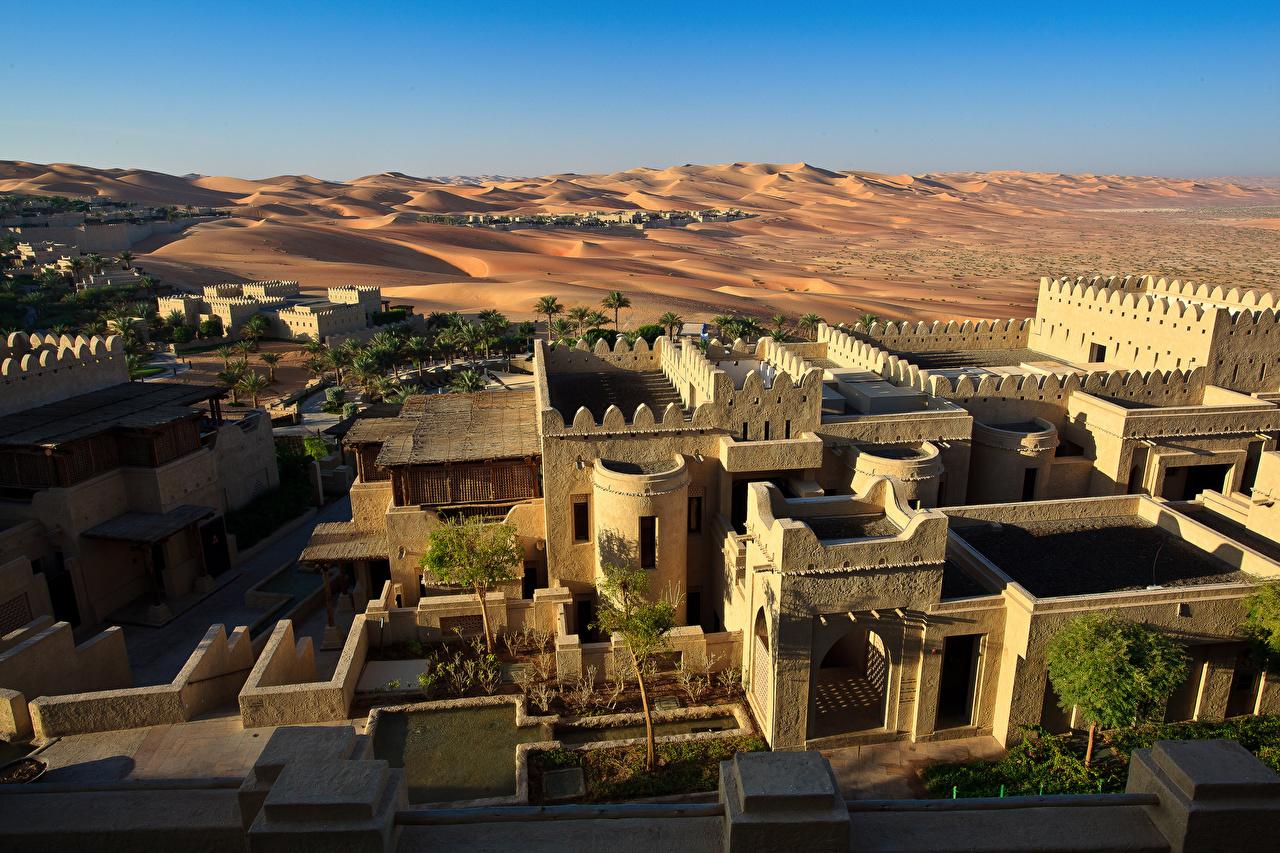 Фотография Объединённые Арабские Эмираты Курорты Abu Dhabi, Qasr al Sarab Desert Resort Пустыни песка Здания Города ОАЭ пустыня Песок песке Дома город