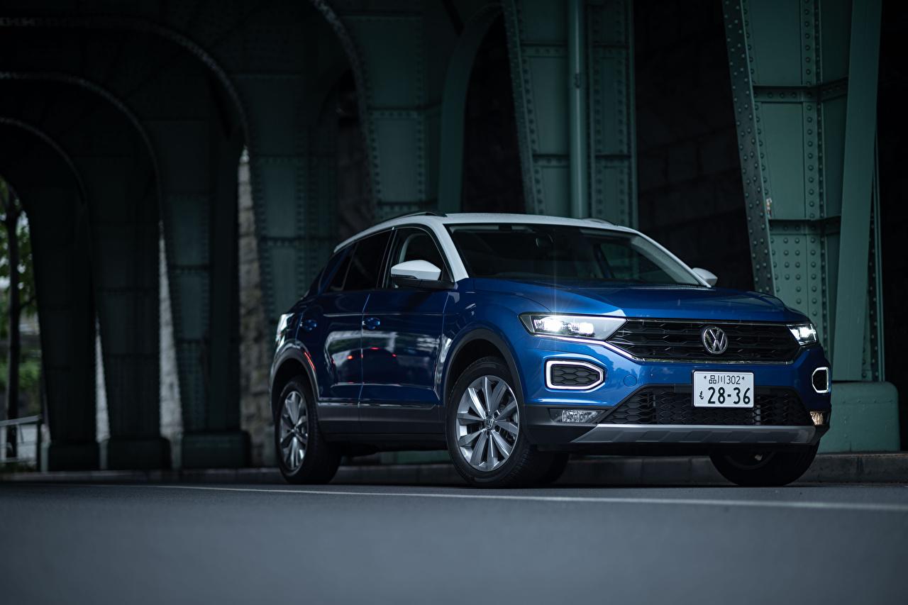 Картинки Volkswagen 2020 T-Roc Синий Металлик автомобиль Фольксваген синяя синие синих авто машины машина Автомобили