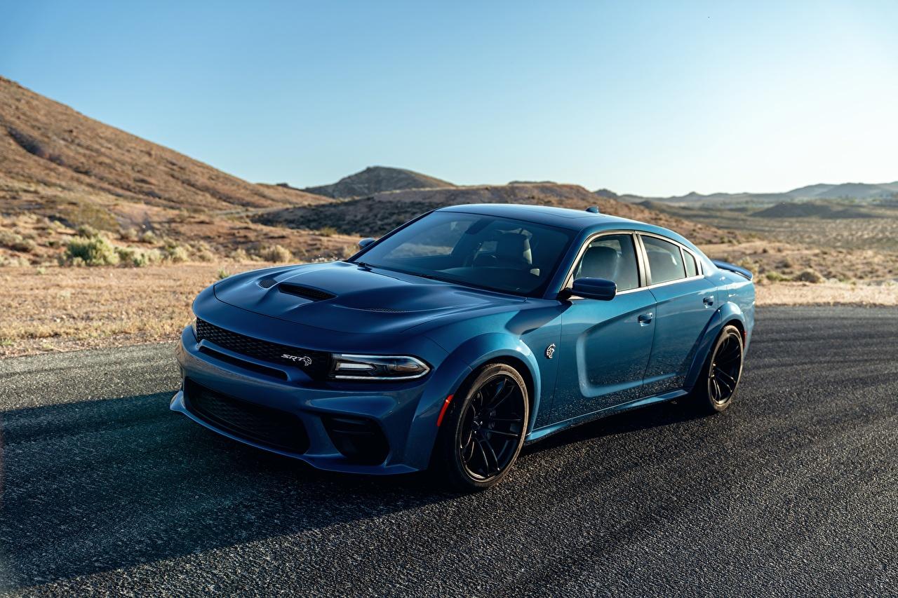 Фотография Додж Charger Hellcat SRT Голубой машина Dodge голубая голубые голубых авто машины Автомобили автомобиль