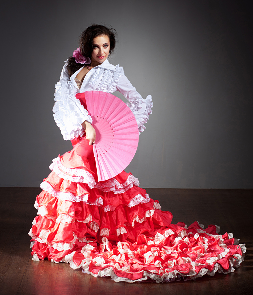Картинки юбке шатенки Танцы молодые женщины Юбка юбки Шатенка танцует танцуют девушка Девушки молодая женщина