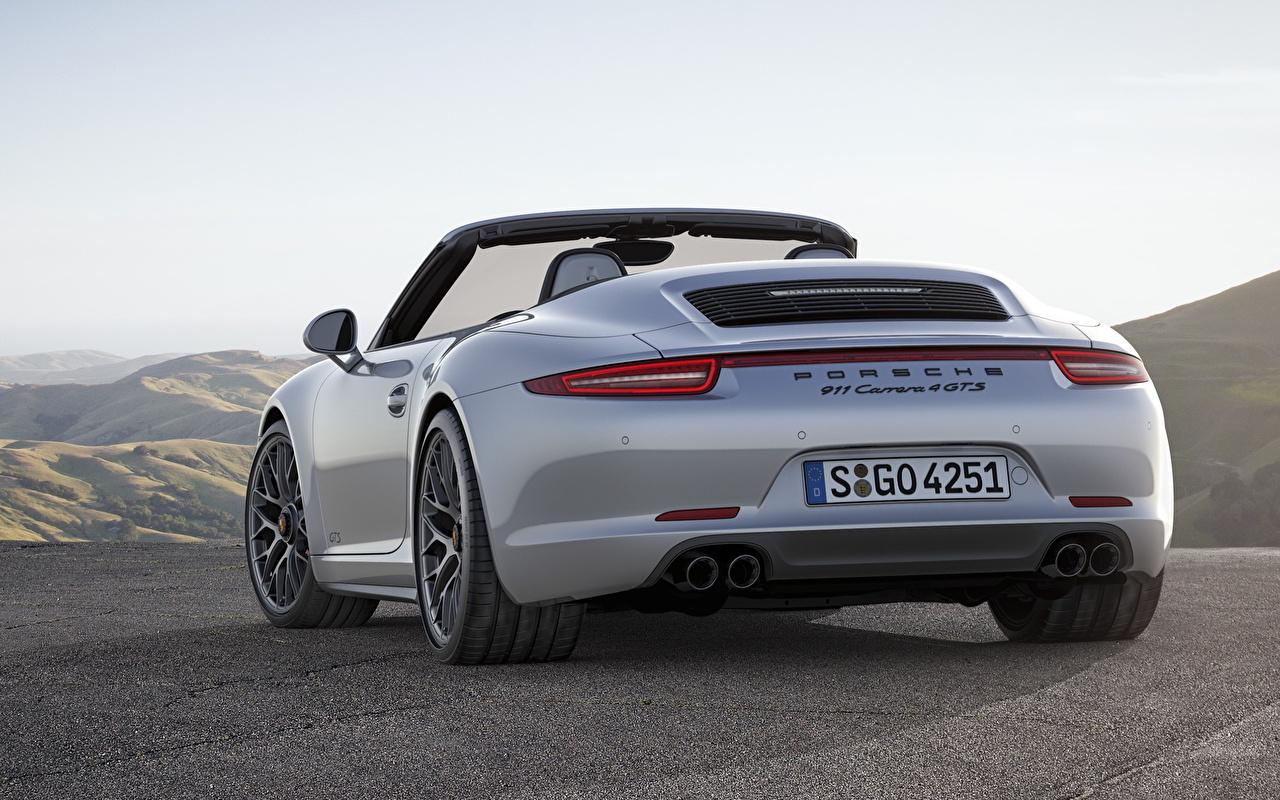 Картинка Порше 911 Carrera 4 GTS кабриолета белая Сзади Автомобили Porsche Кабриолет Белый белые белых авто машины машина вид сзади автомобиль