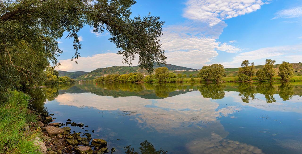 Картинка Германия Mosel River Природа Небо река деревьев Реки речка дерево дерева Деревья