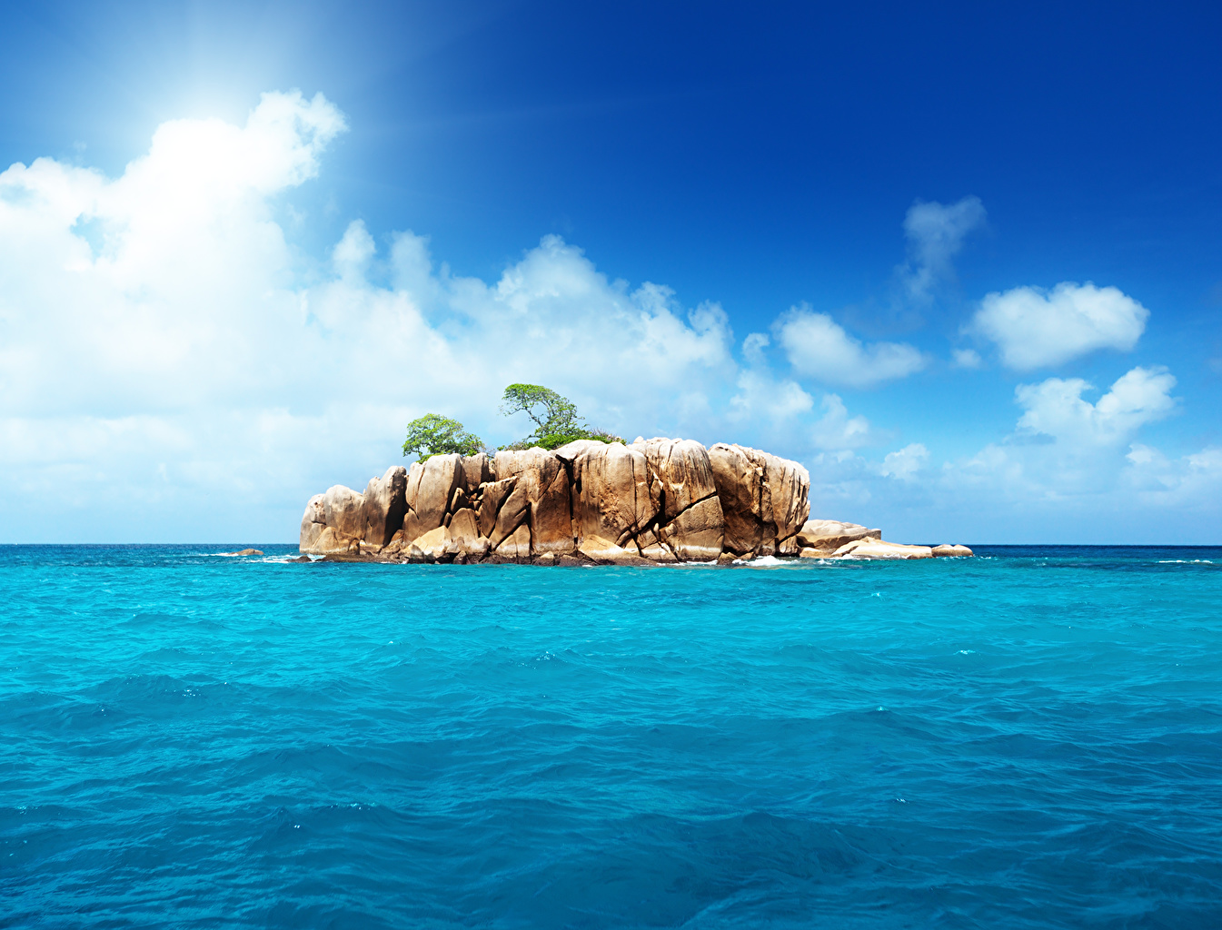 Обои Облака, остров. Природа foto 12