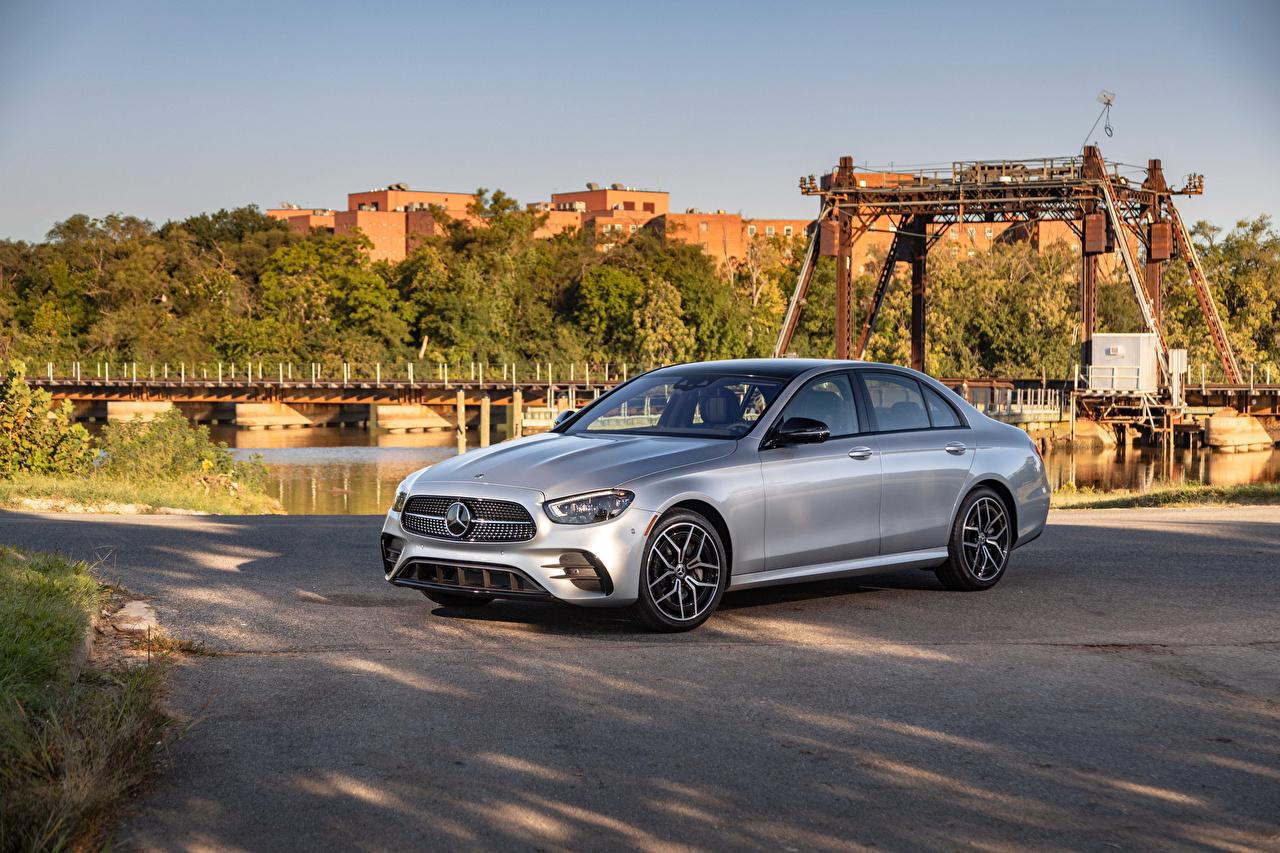 Фотография Mercedes-Benz E 450 4MATIC AMG Line, (W213), 2020 Серебристый Металлик Автомобили Мерседес бенц серебряный серебряная серебристая авто машины машина автомобиль
