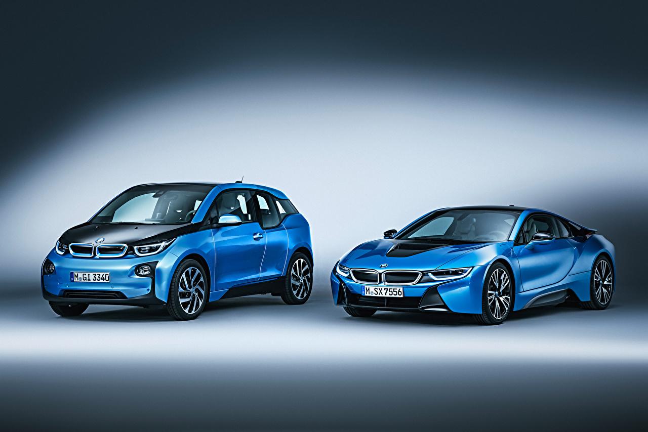 Обои для рабочего стола BMW две голубые машина БМВ 2 два Двое вдвоем голубая Голубой голубых авто машины Автомобили автомобиль