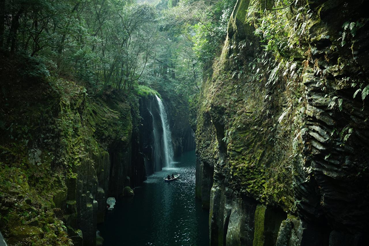Фото Япония Takachiho Kyushu скалы Природа Водопады Леса Мох река Утес Скала скале лес мха мхом Реки речка
