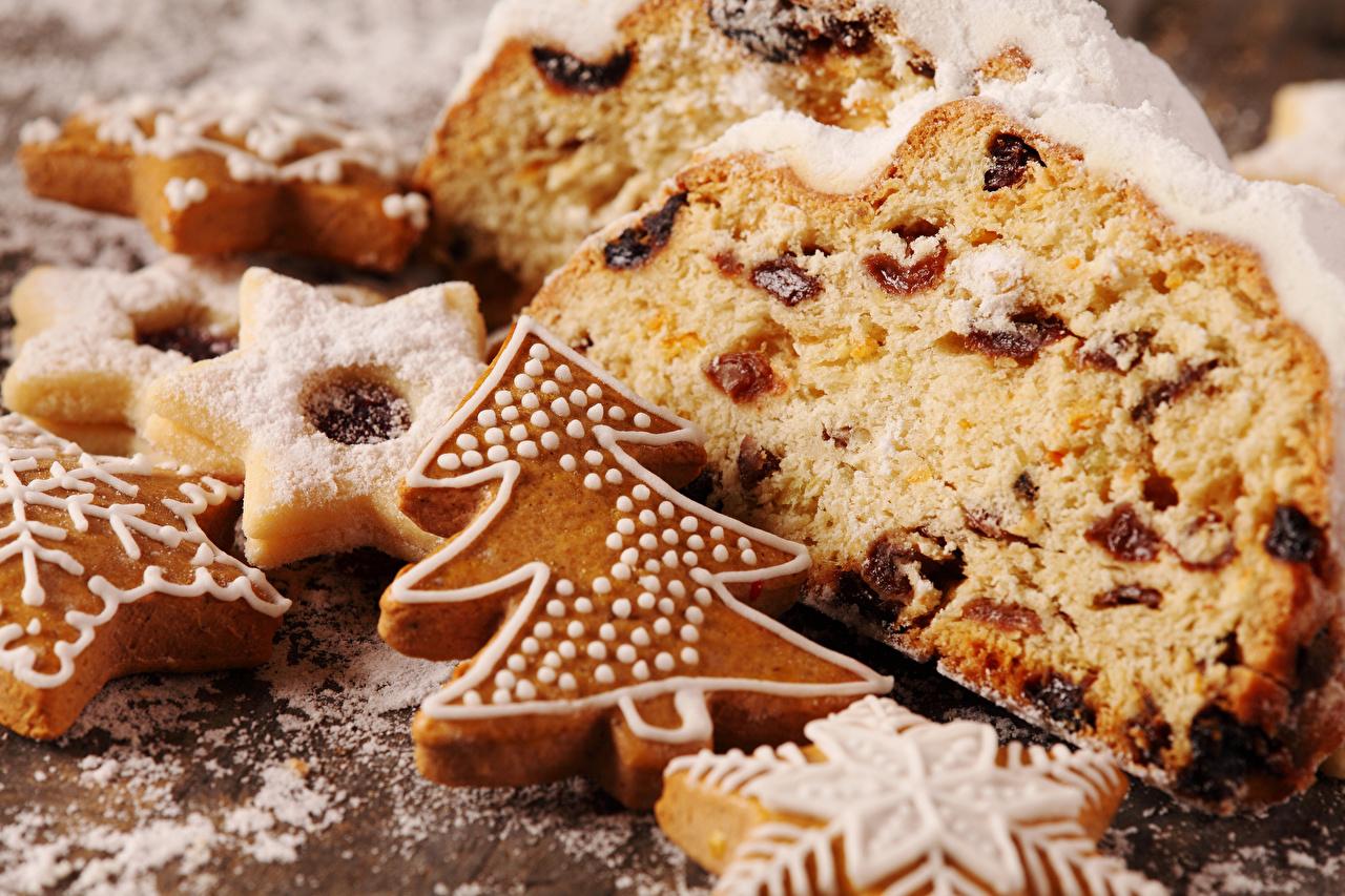 Фото Новый год Елка Изюм Кекс Пища Печенье вблизи Выпечка Рождество Новогодняя ёлка Еда Продукты питания Крупным планом