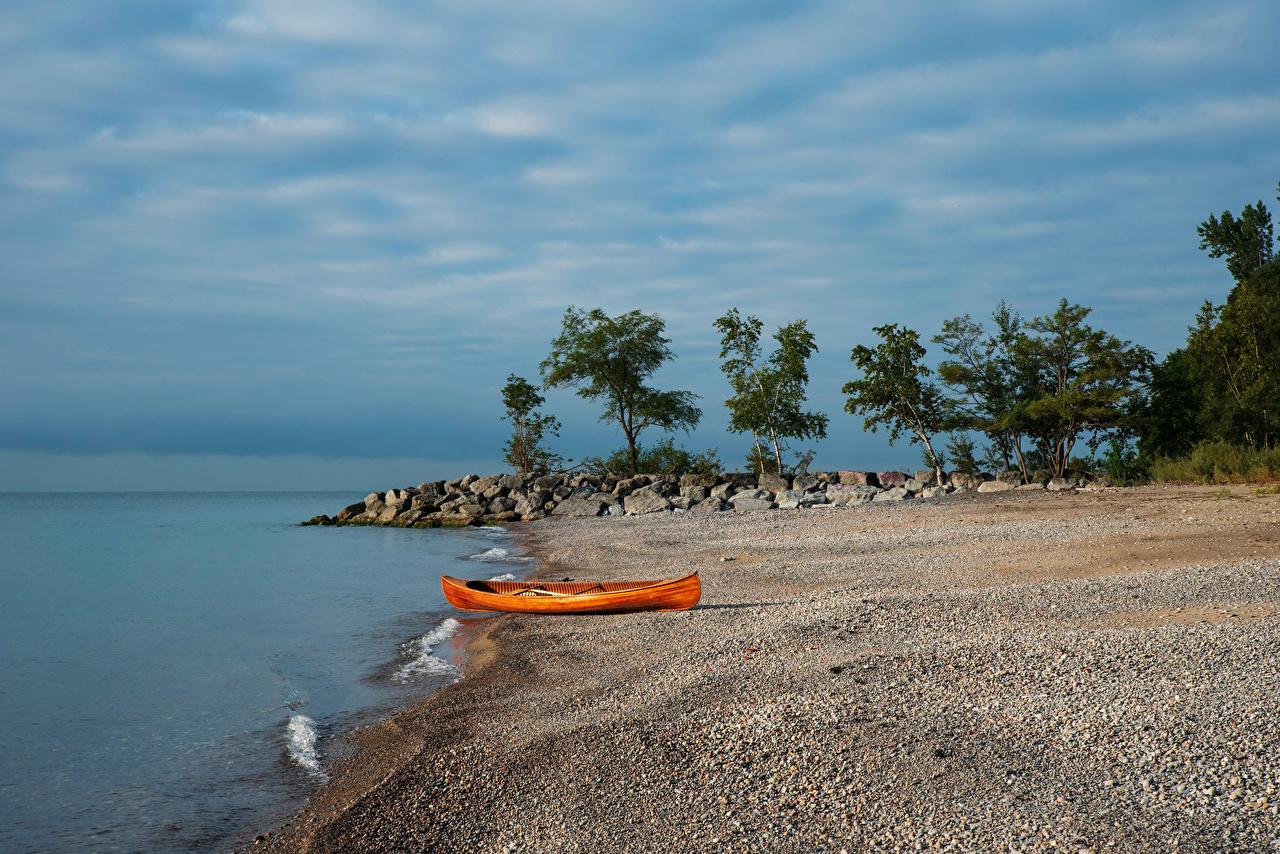 Обои для рабочего стола Природа Канада Lake Ontario Торонто Озеро Камни Лодки берег Камень Побережье