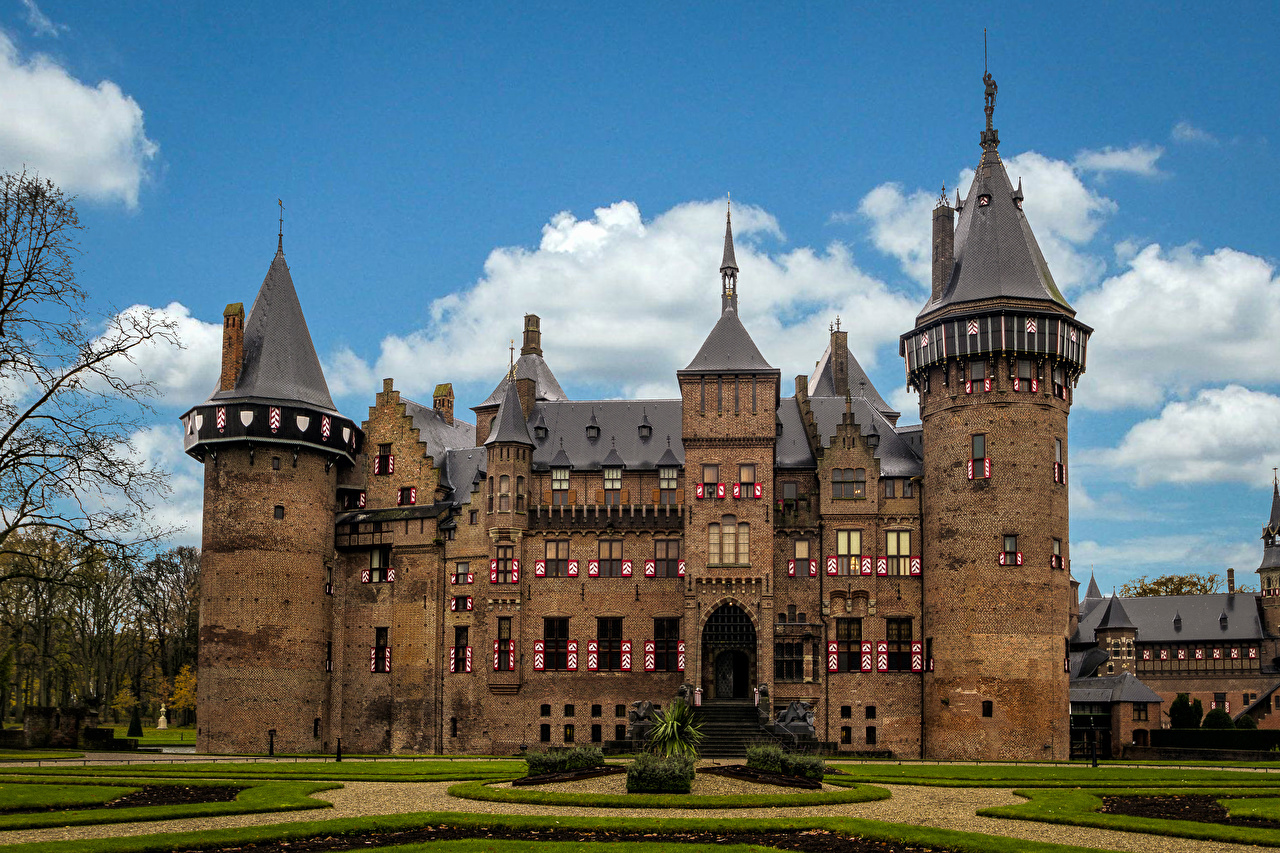 Фотографии голландия Kasteel de Haar Utrecht замок газоне Города Ландшафтный дизайн Нидерланды Замки Газон город