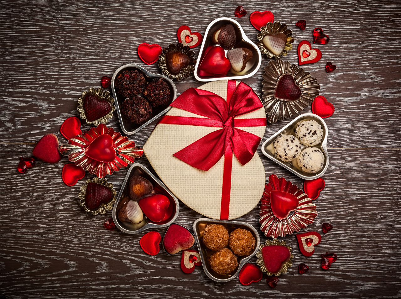 Картинка День святого Валентина Сердце Шоколад Конфеты Подарки Еда Бантик Сладости