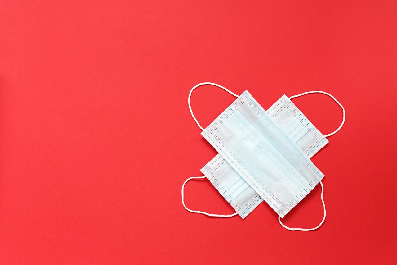 Фотографии Коронавирус Маски Шаблон поздравительной открытки Красный фон красном фоне