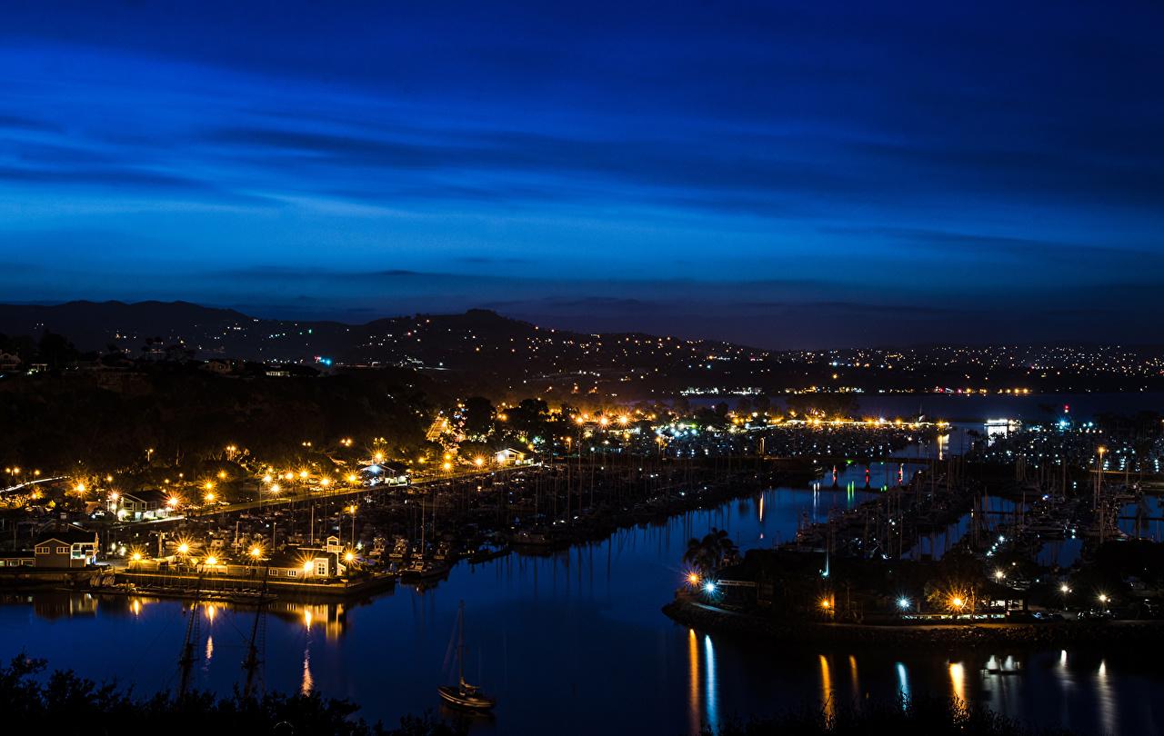 Картинки Калифорния США Orange Реки в ночи Уличные фонари город калифорнии штаты америка река Ночь речка ночью Ночные Города