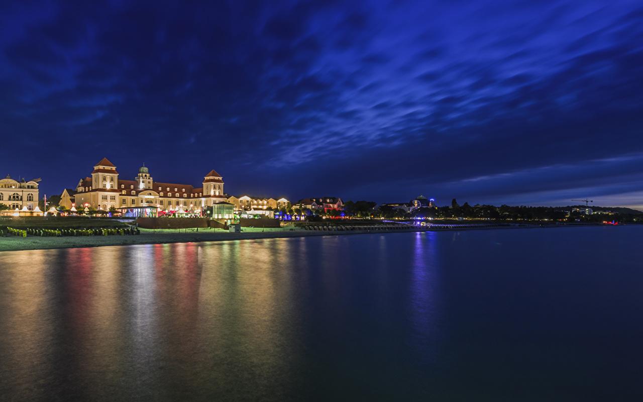 Фотография Германия Binz речка Ночные Побережье Города Здания Реки Ночь берег Дома