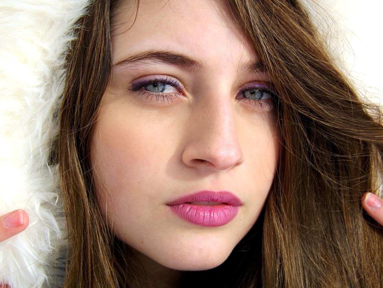 Фотографии Глаза Шатенка Лицо Волосы Девушки Губы смотрит Взгляд