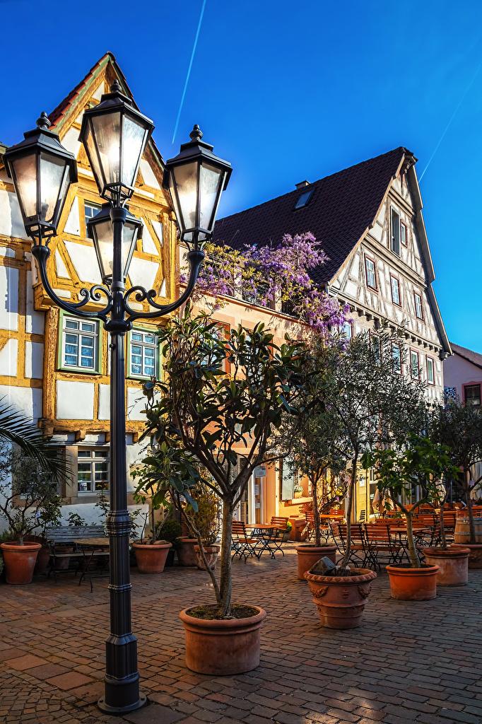 Картинки Германия Besigheim улиц Уличные фонари Здания Города  для мобильного телефона улице Улица Дома город