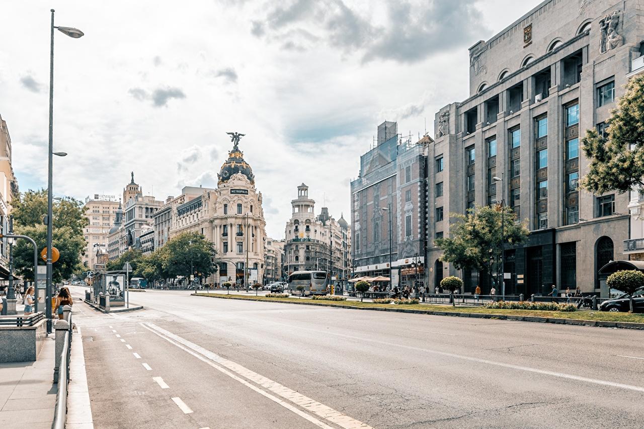 Обои для рабочего стола Мадрид Испания Улица Дороги Дома Города улиц улице город Здания
