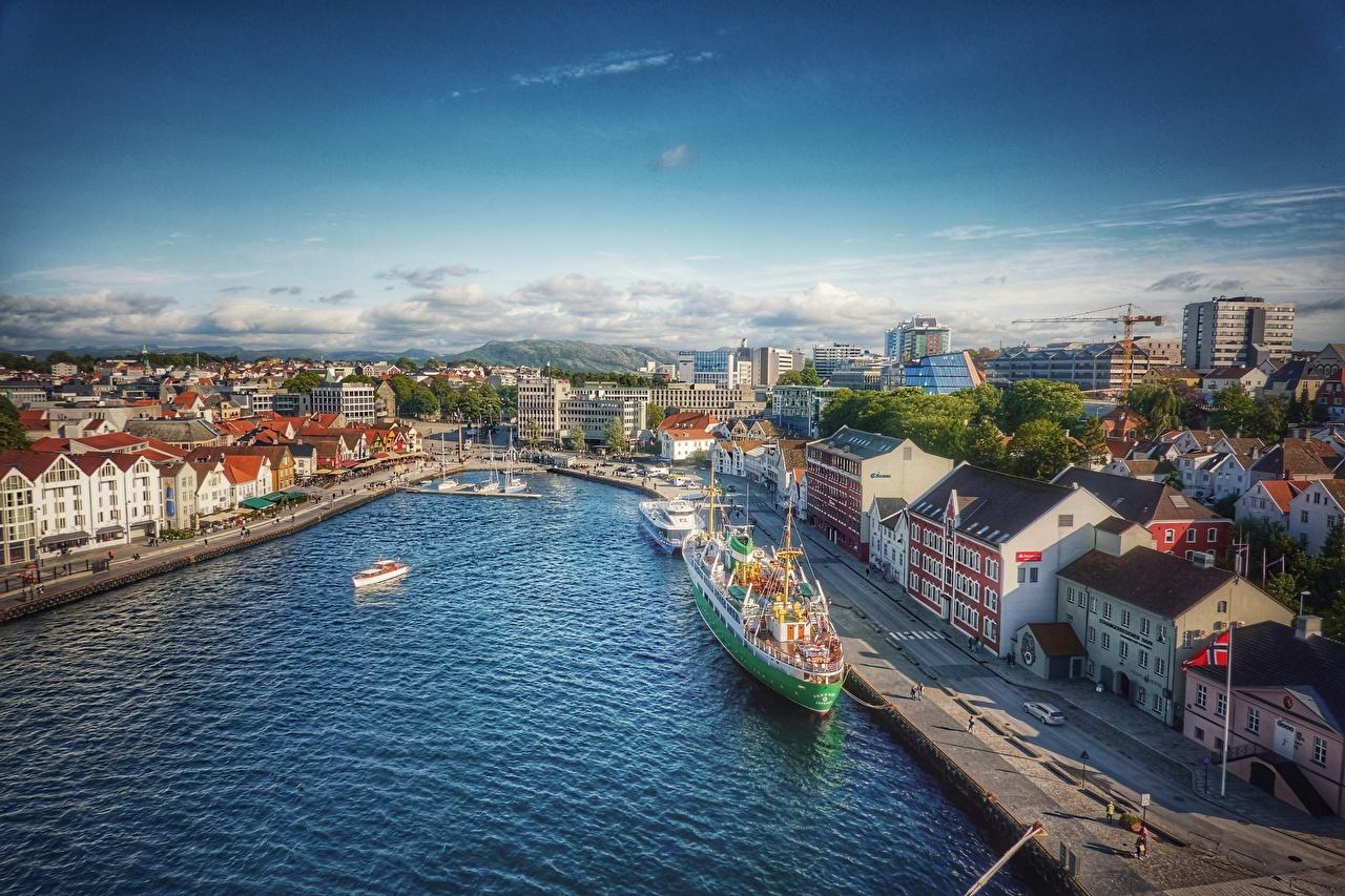 Обои для рабочего стола Норвегия Stavanger корабль Пристань Дома Города Корабли Пирсы Причалы город Здания
